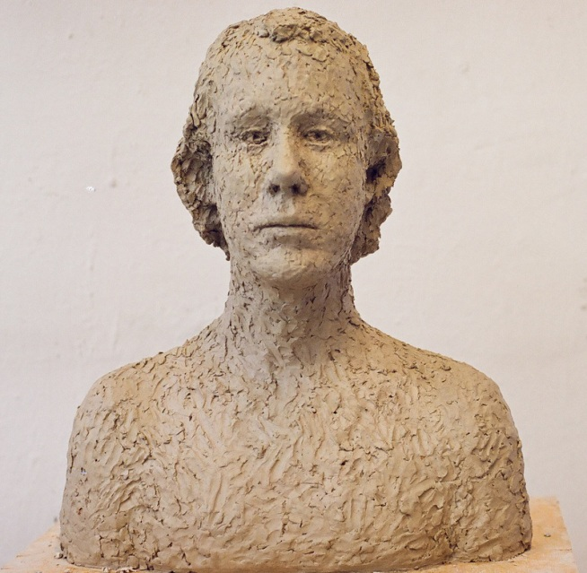 Sculpture in clay 49 × 40 cm