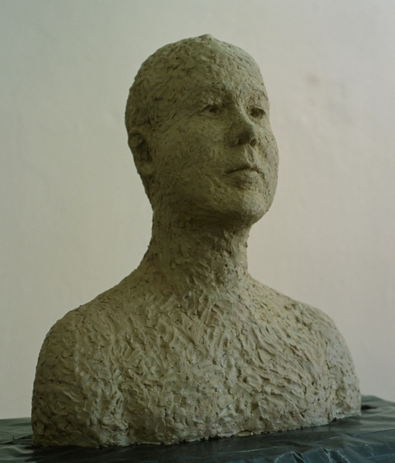 Sculpture in clay 44 × 40 cm